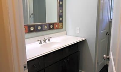 Bathroom, 269 Roundup Ln, 2