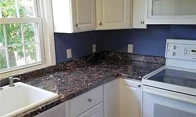 Kitchen, 24 Linhurst Pl, 2