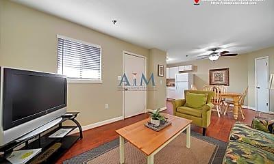 Living Room, 663 William Hilton Parkway, 1