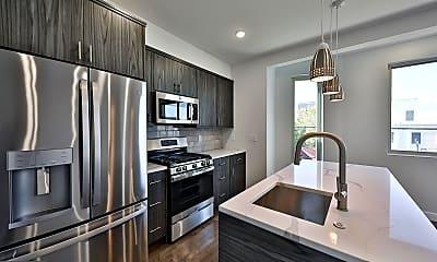 Kitchen, 300 Budd St B2, 1