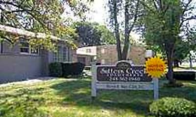 Sutters Creek Apartments, 0