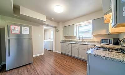 Kitchen, Room for Rent - Live in Glenbrook Valley, 1
