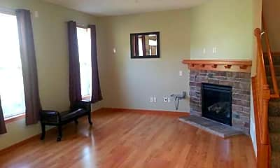 Living Room, 1241 Chateau Ave, 2