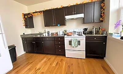 Kitchen, 401 Mill St, 1