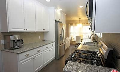 Kitchen, 12542 Collins St, 1