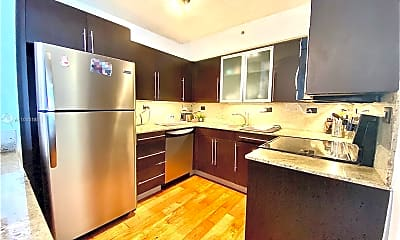 Kitchen, 1500 Bay Rd 1226, 1