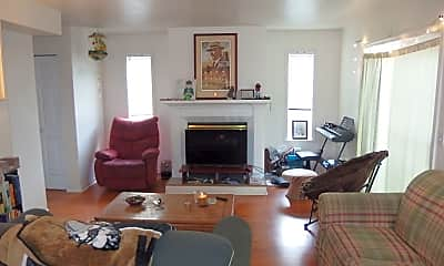 Living Room, 562 Deer Meadow Ct, 1