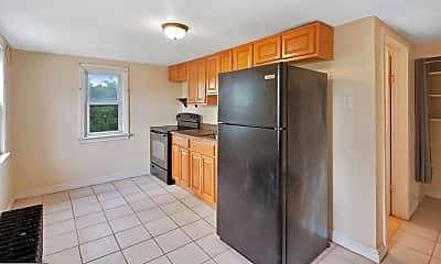 Kitchen, 3719 Calumet St 3, 1