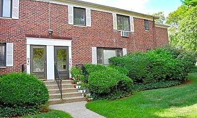 Building, 186 Manor E, 1