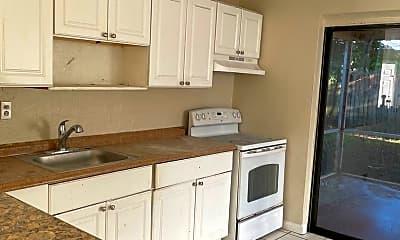 Kitchen, 1520 NE 32nd St, 0