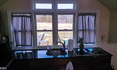 Living Room, 39 Felmley Rd 1, 2