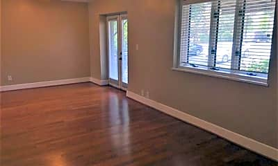 Living Room, 2429 Vail Ave B7, 1