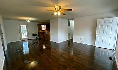 Living Room, 526 E El Paso St, 1