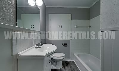 Bathroom, 309 Bass Ln, 2