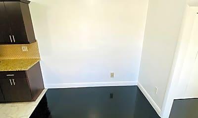 Bathroom, 101 Antiquera Ave, 2
