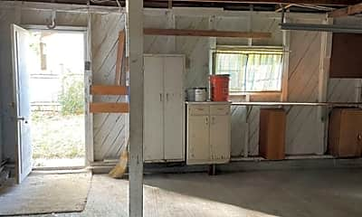 Patio / Deck, 927 Corey St, 2