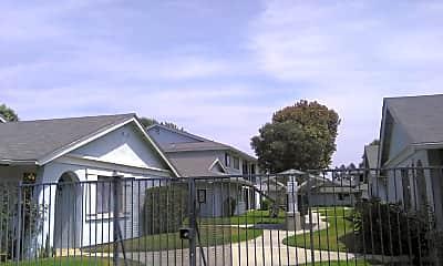 Lakewood Village, 2