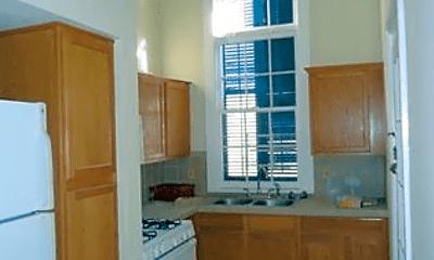 Kitchen, 1463 Pauger St, 1