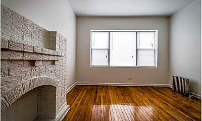 Living Room, 6100 S Artesian Ave, 1