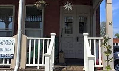 Patio / Deck, 527 Linden St, 1