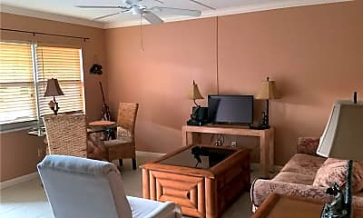Living Room, 923 22nd Pl 103, 1
