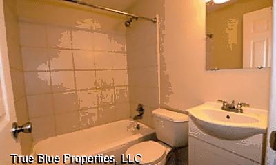 Bathroom, 1425 Pleasant St, 2