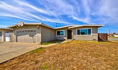 Building, 308 Navajo Dr, 0