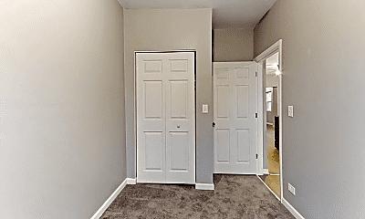 Bedroom, 2120 W Cullerton St, 2