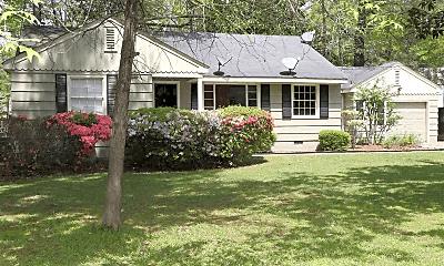 Building, 830 Colonial Cir, 1