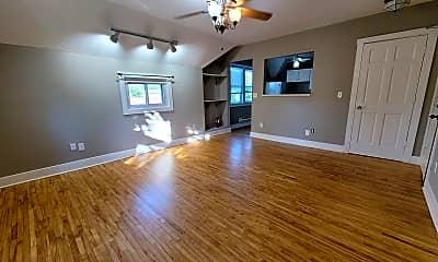 Living Room, 441 Lynnhurst Ave West, 0