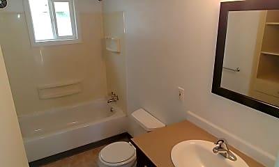 Bathroom, 1192 N 30th St, 2