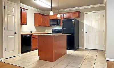 Kitchen, 1067 W Malibu St, 1
