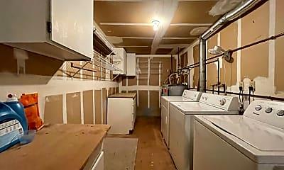 Kitchen, 10 Oswego Summit, 2