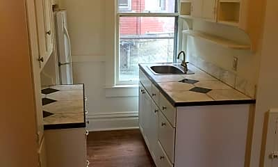 Kitchen, 507 S Center St, 0