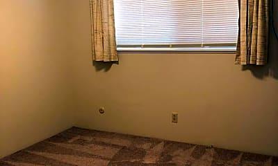 Bedroom, 75 N Rose St, 2