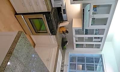 Kitchen, 1519 Henry St, 1