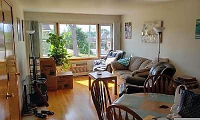 Living Room, 4323 Douglas Rd, 1