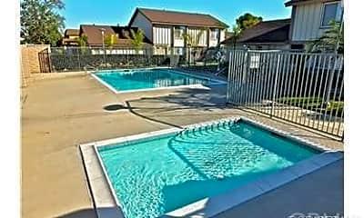 Pool, 5032 Via Helena, 2