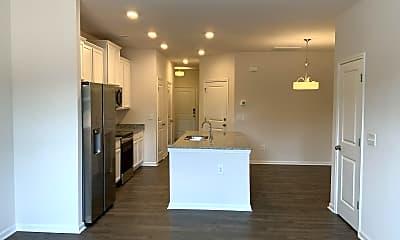 Kitchen, 7 Crestwood Dr, 1