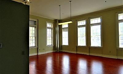 Living Room, 715 Sherman St, 1
