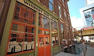 Building, 140 W Washington St, 1