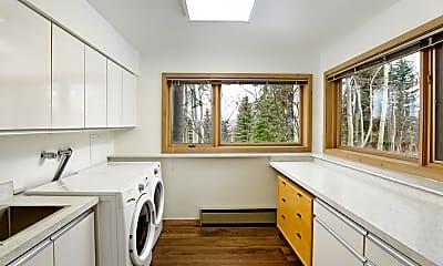Kitchen, 34 Stellar Ln, 2