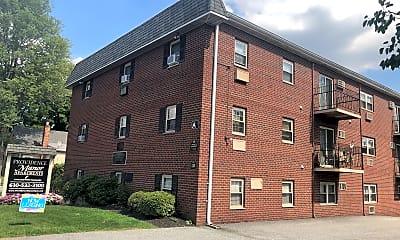 Providence Manor, 0