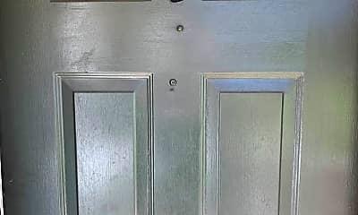 Bathroom, 7071 One Perkins Pl, 1