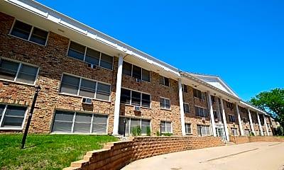 Building, Bryant Manor Apartments, 1