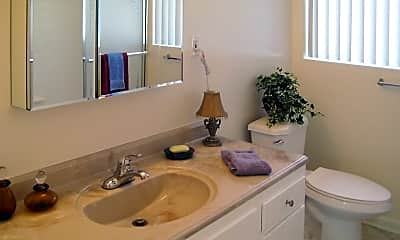 Bathroom, 5424 E Arbor Rd, 2