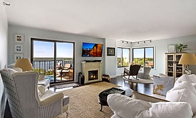 Living Room, 2950 Dean Pkwy 1405, 0