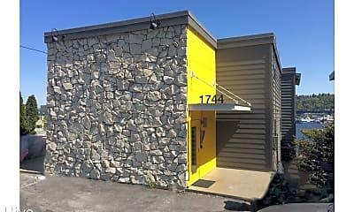 Building, 1744 Dexter Ave N, 2