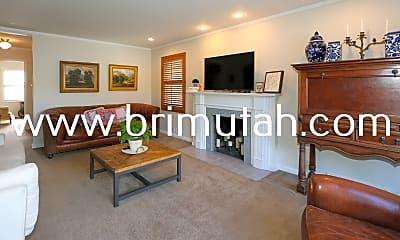 Living Room, 2474 Glenmare St, 1