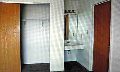 Bedroom, Breckenridge Apartments, 2